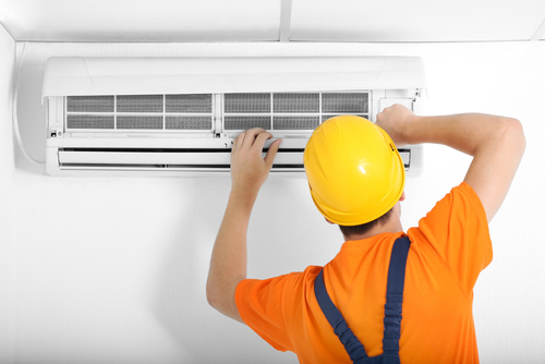 Regular maintenance of air conditioner - Fuse Contracting electricians Brisbane south side